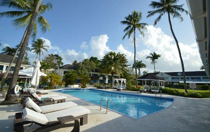 All-Inc West Coast Barbados Holiday w/FREE Resort Transfers - Save 55%