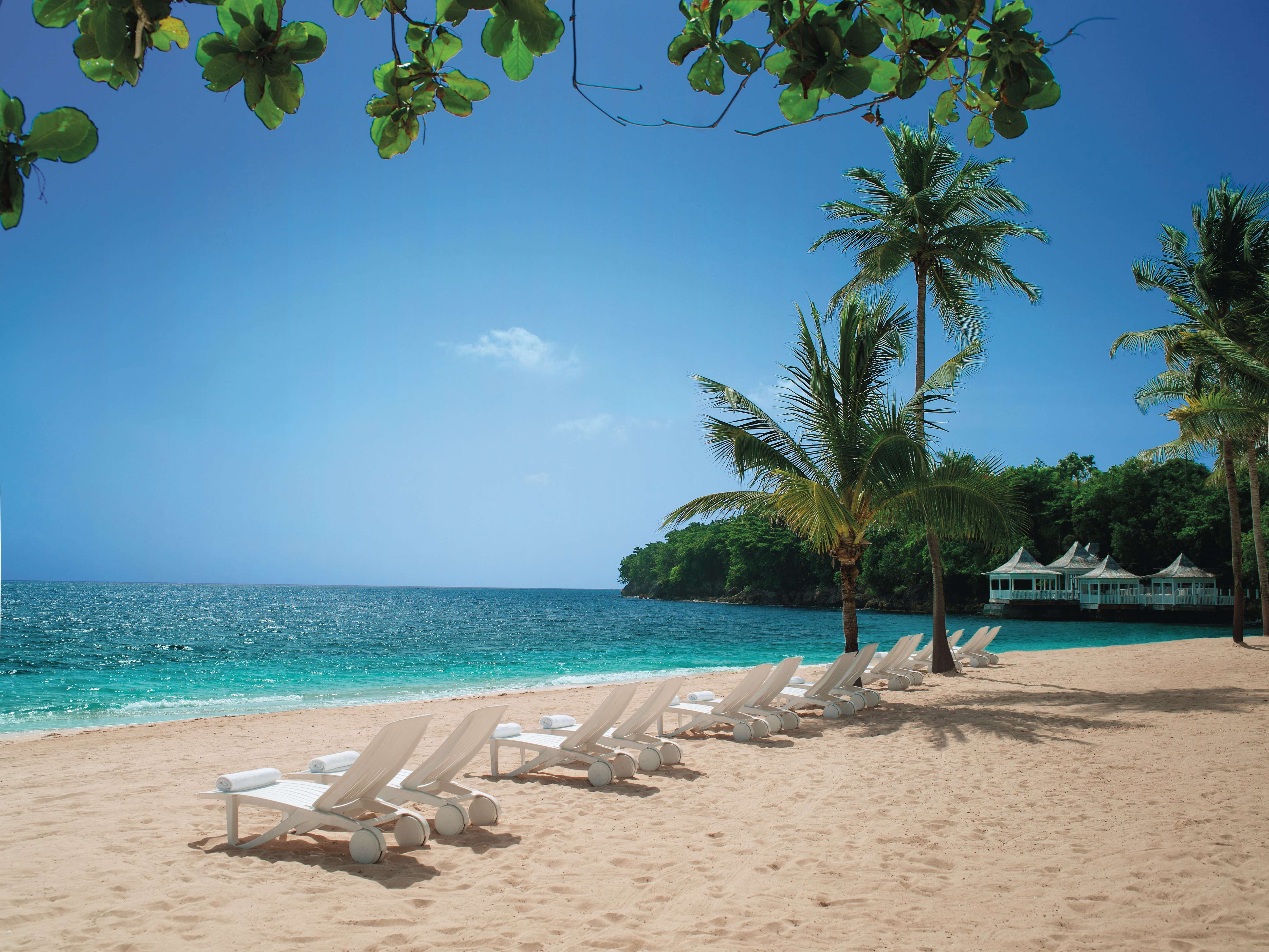 Luxury 5-Star All-Inc Couples Jamaica Holiday w/Day Trips