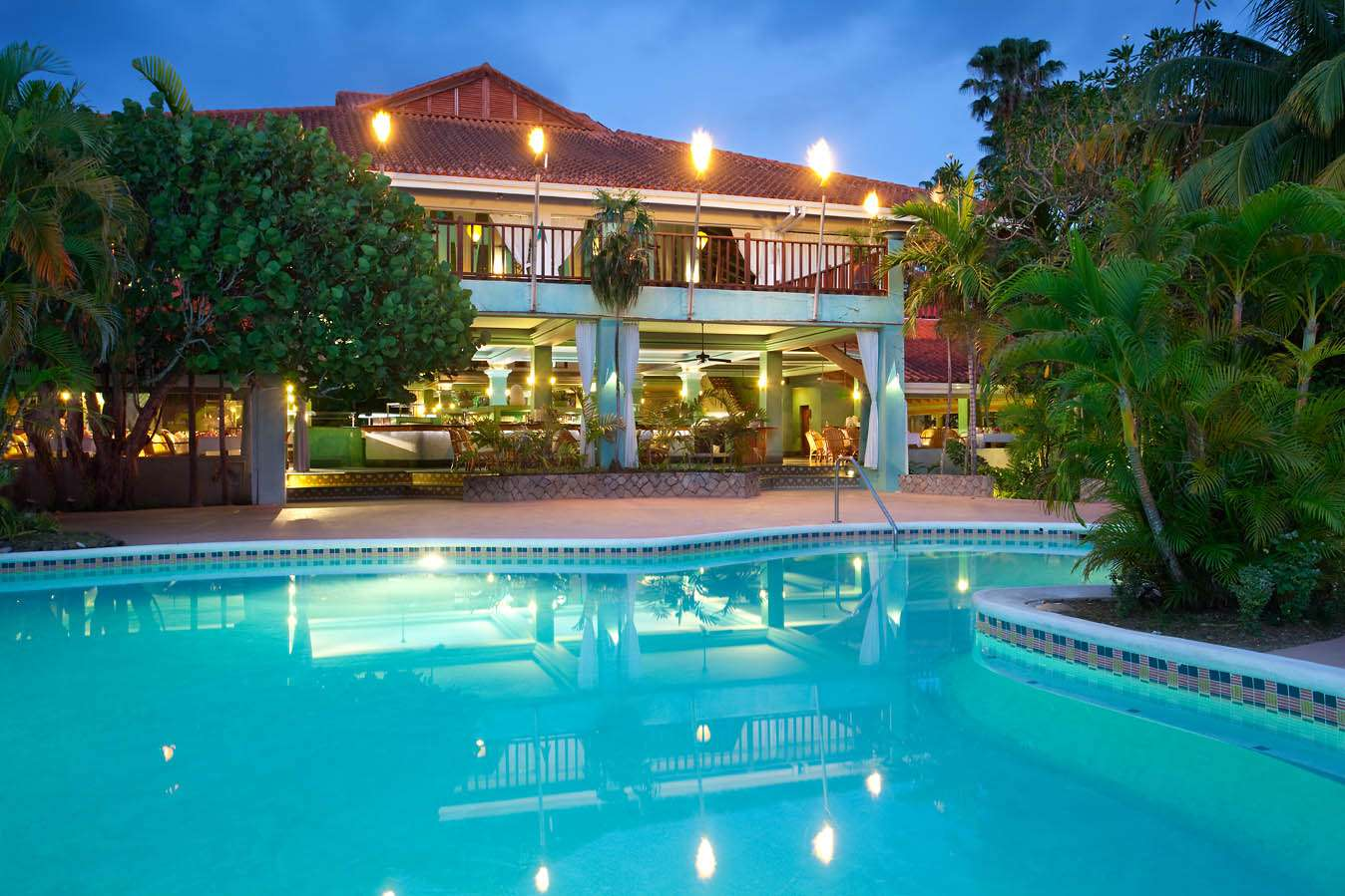 Jamaica 7-Night All Inc 4-Star Couples Escape w/Excursions