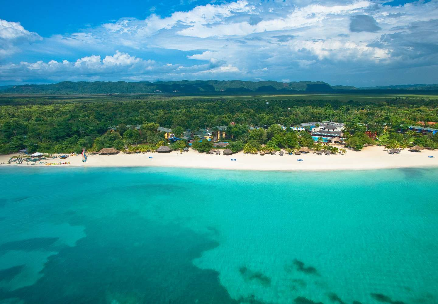 Family-Friendly All-Inclusive Negril Holiday w/Luxury Included® Privileges - Save 45%