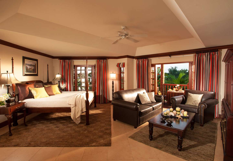 Amateur Swingers Hotel