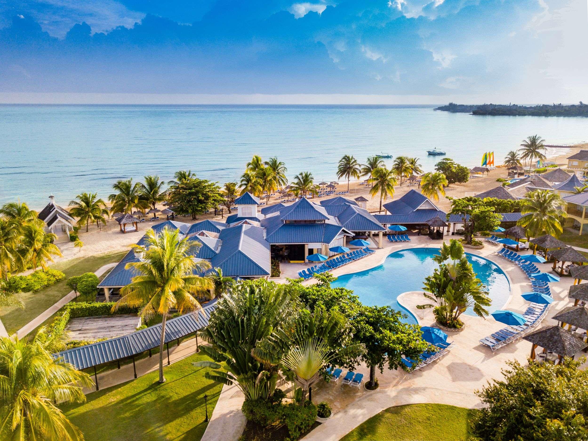 Jewel Runaway Bay Beach Resort and Waterpark, Saint Ann ...