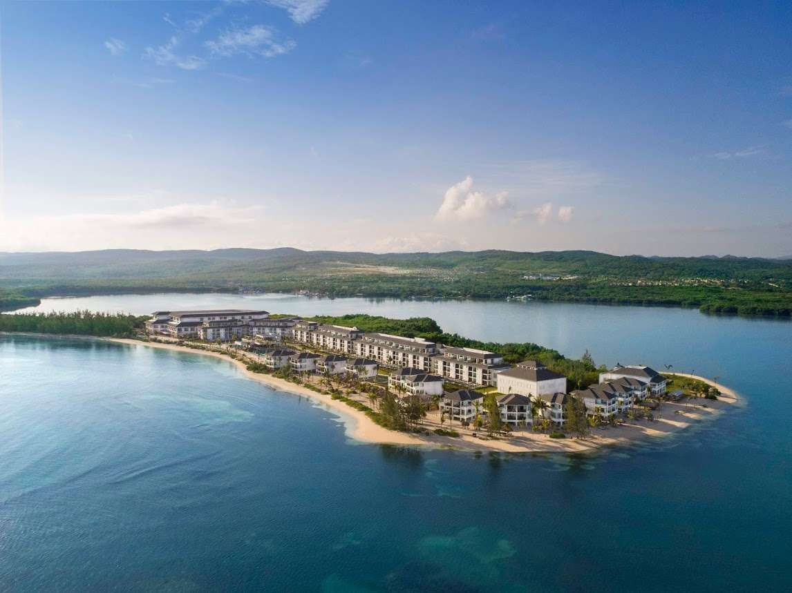 Jamaica: Luxury Adults-Only All-Inclusive Escape w/Exclusive Oceanfront Room Upgrade + Spa Extras - Save 44%