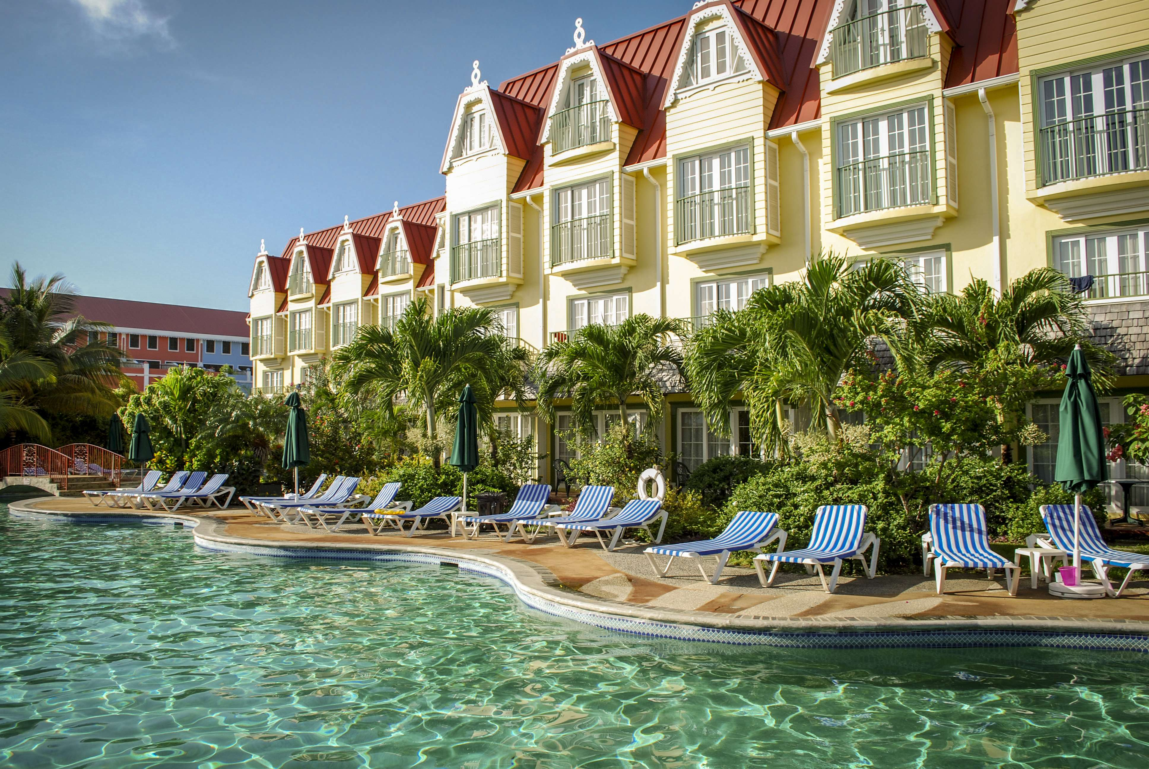 St. Lucia: All-Inc Boutique Beach Escape w/FREE Room Upgrade & Exclusive Extras - Save 59%