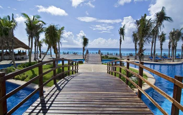 FREE Sunset View Room Upgrade + FREE Bottle of Tequila Upon Arrival at Grand Oasis Cancun