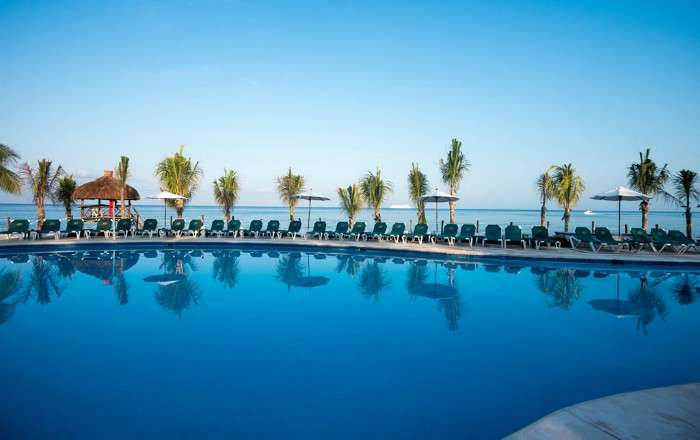 7-Night Private Beachfront Luxury inc FREE Kids & Resort Credit - Save 38%